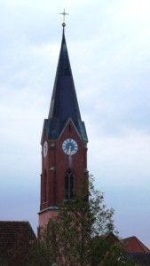 Kirchturm halb sieben WEB
